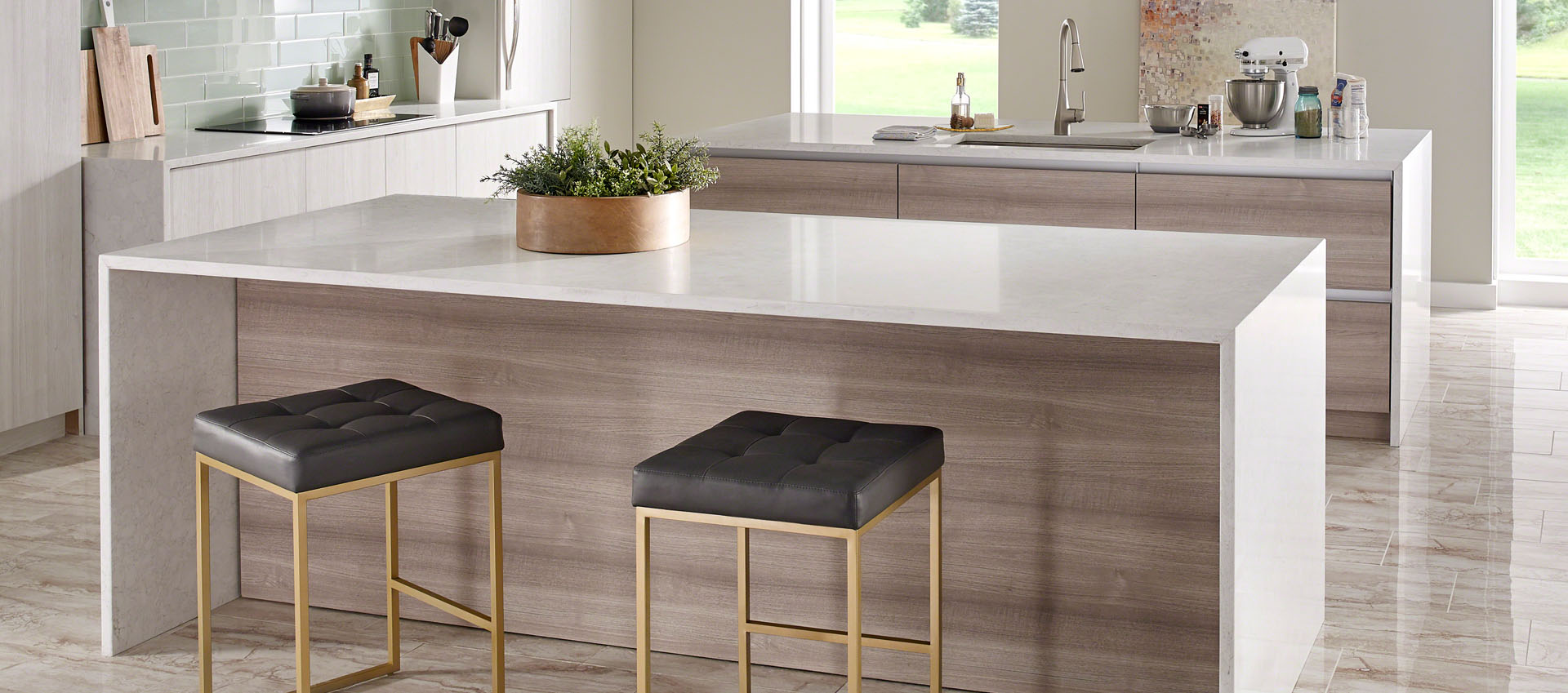 With a full palette of colors and styles, there is a Q™ Premium Natural Quartz countertop to complement any space