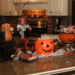 3 Easy Kitchen Halloween Decorations