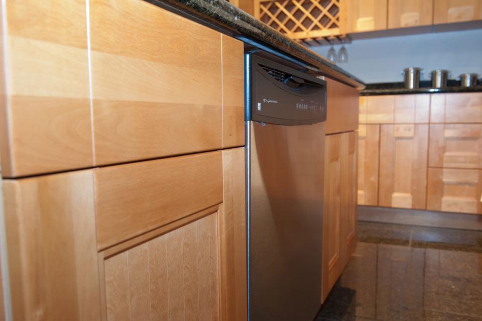 Shaker Maple Cabinets